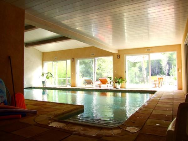 La desirade chambres d 39 hotes avec acc s direct piscine int rieure chauff e toute l 39 ann e label - Chambre d hote piscine interieure ...
