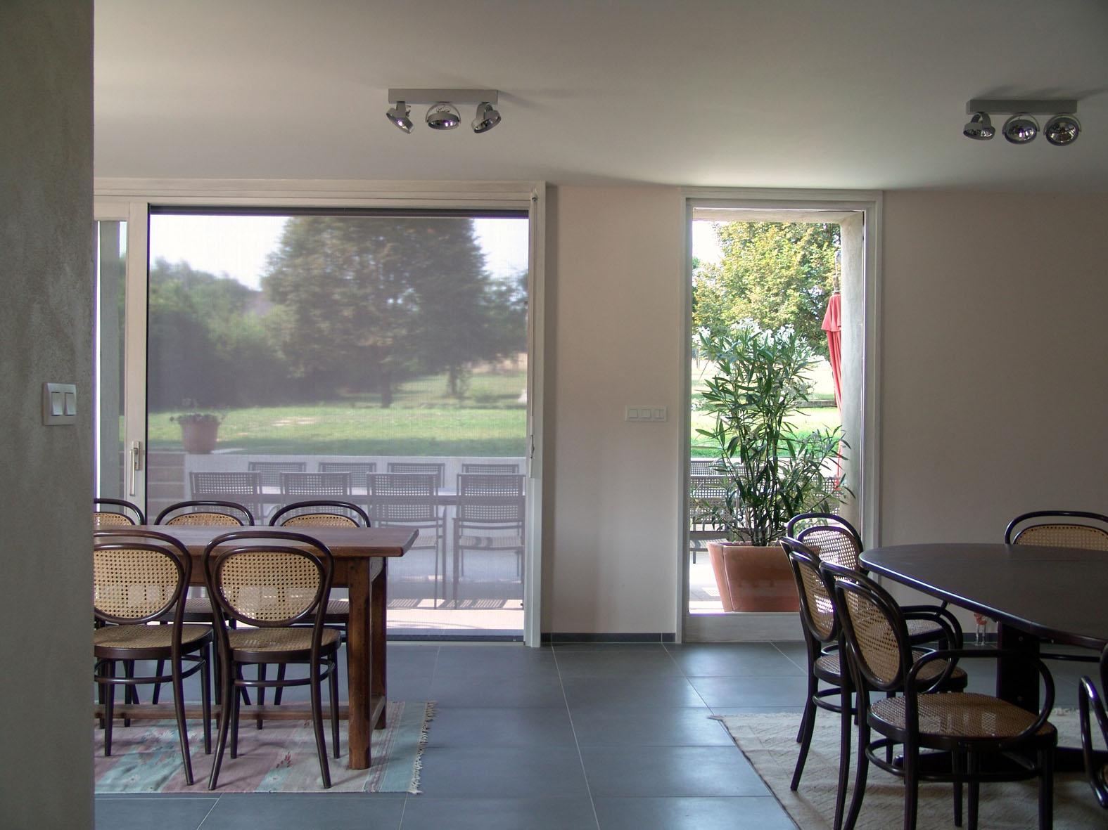 le crot foulot cinq chambres luxueuses dans une ancienne maison de vigneron et une table d 39 h te. Black Bedroom Furniture Sets. Home Design Ideas