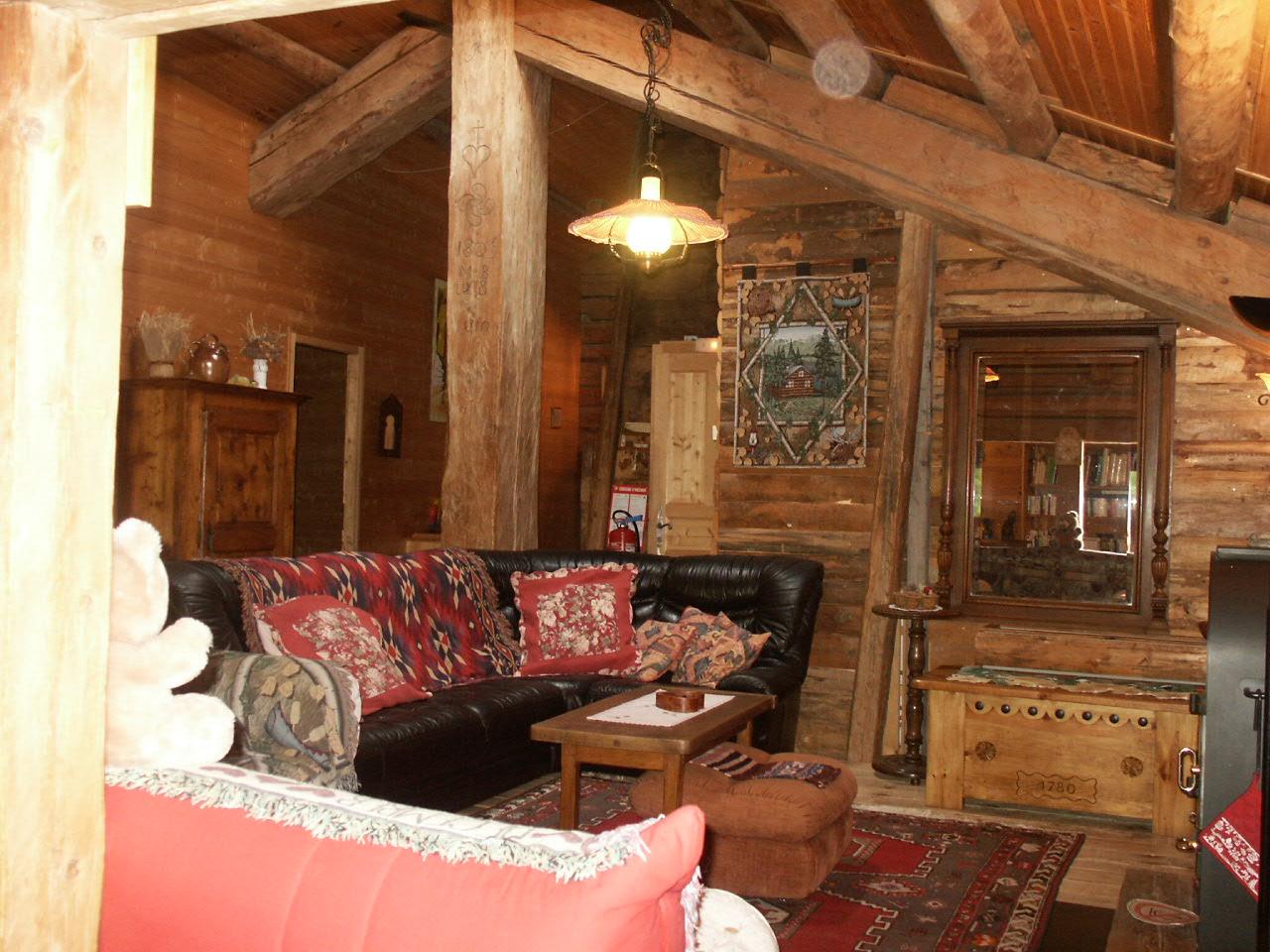 La bournerie ancienne ferme savoyarde datant de 1805 la bournerie vous propose 5 chambres d - Chambres d hotes le grand bornand ...